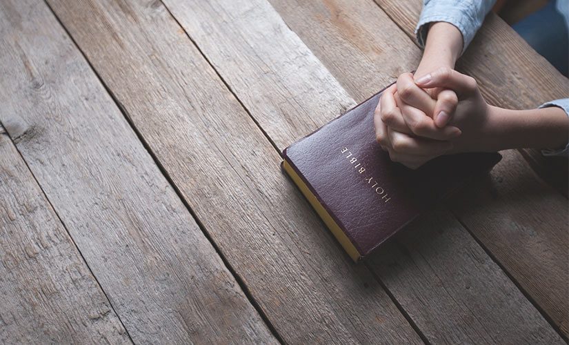 9 closing prayers for meetings, worship & bible studies.