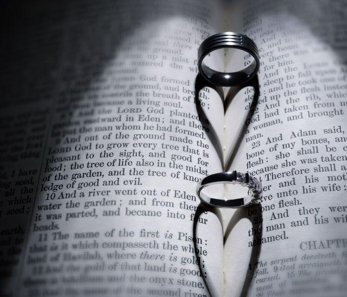 Tres consejos bíblicos para la pareja cristiana