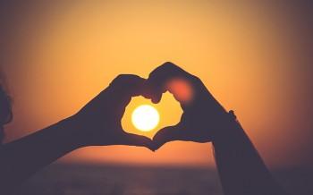 3 Bible Verses for Restoring a Broken Heart