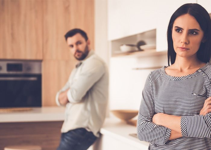 4 Ways to Pray for Your Spouse When You Don't Want To