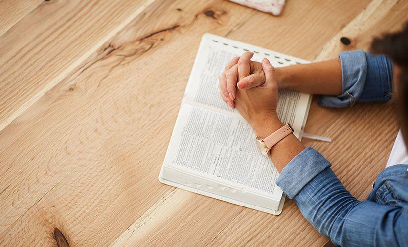 Resultado de imagen de leer la biblia
