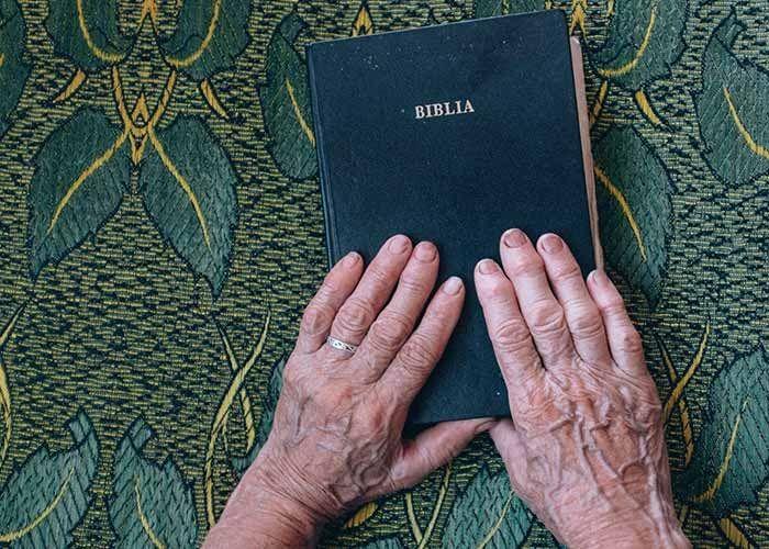 Cómo debemos escuchar y leer la Palabra de Dios