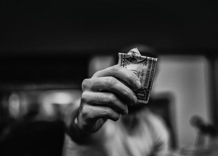 5 Versículos para afrontar la disminución de dinero