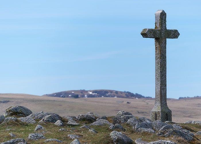 La cruz en la que Jesús y nuestro viejo yo murieron
