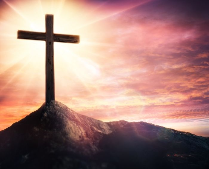 Bible Reading Plan For Holy Week: From Death to Resurrection
