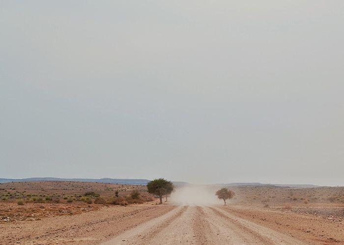 Un hombre iba por el camino de Jerusalén a Jericó