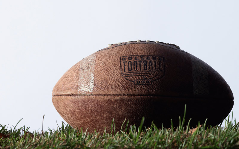 6 Bible Verses for Football Season (and an Extra Point