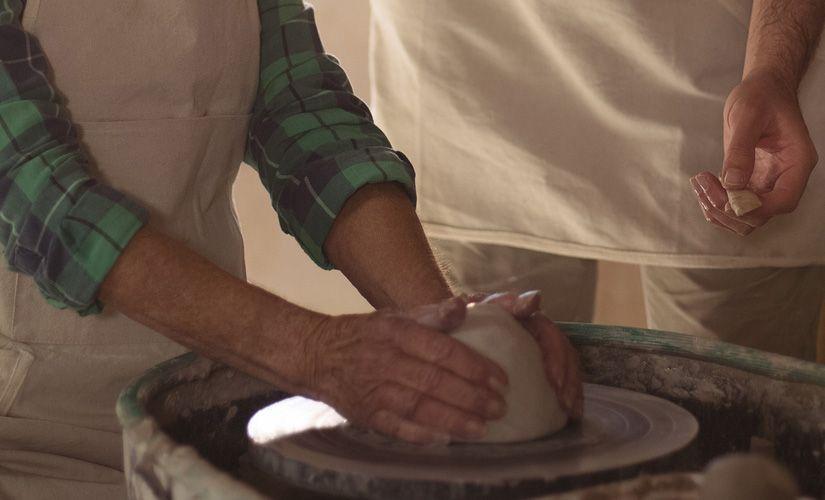 También en el matrimonio somos vasijas de barro en manos del Señor
